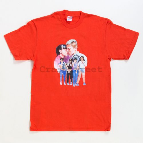 Kiss Tee in Orange