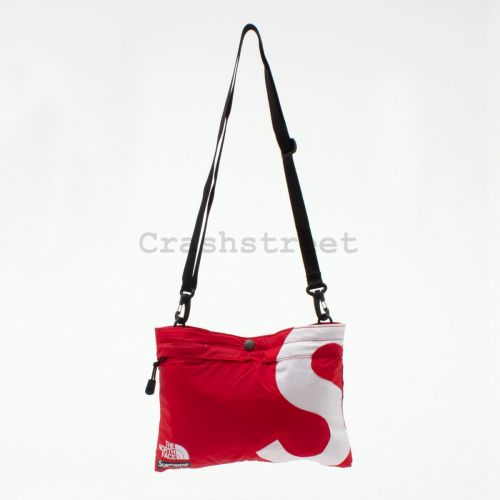 The North Face S Logo Shoulder Bag - Red