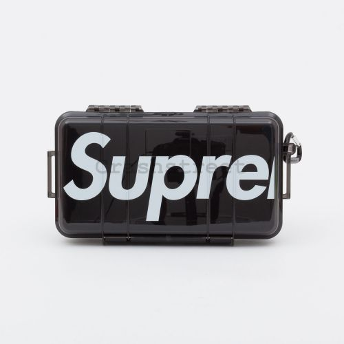 Supreme Pelican 1060 Case in Black