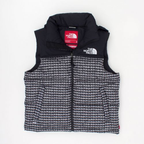 TNF Studded Nuptse Vest in Black