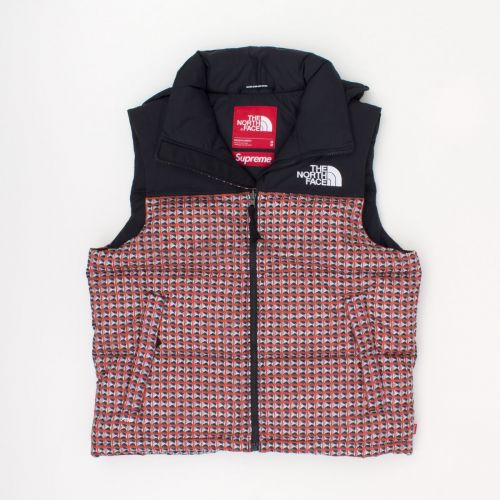 TNF Studded Nuptse Vest in Red