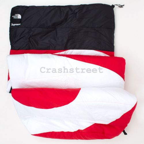 The North Face S Logo Dolomite Sleeping Bag - Red
